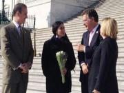 Reciben a Yoani Sánchez en el Congreso de EE.UU Ileana Ros-Lehtinen, Mario Díaz-Balart y Joe García, los más feroces defensores del bloqueo contra Cuba.