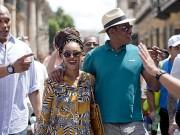 Beyonce y Jay-Z caminando por las calles de La Habana, algo que los norteamericanos tienen prohibido hacer.