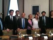 Diputados de todos los grupos salvo Izquierda Plural se reunieron en el Congreso con Sánchez. Foto: eldiario.es
