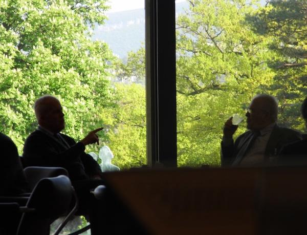 Michael Parlmy y Elizardo Sánchez en Ginebra. 1 de mayo de 2013 en el Palacio de las Naciones.